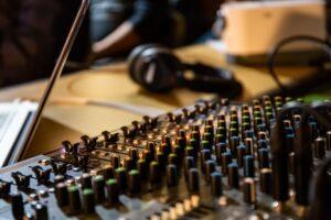 音楽 起業